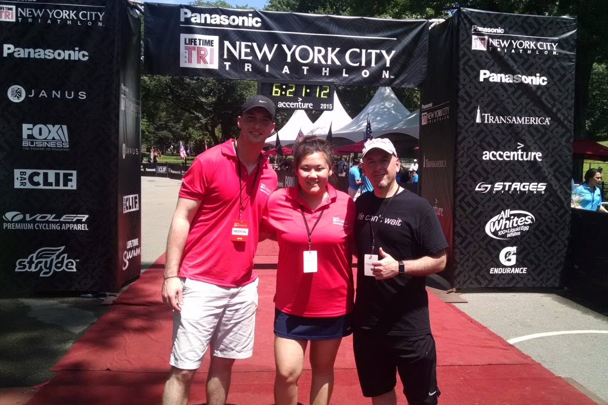 SPEAR Physical Therapists volunteer to help athletes at the NYC Triathlon in 2015