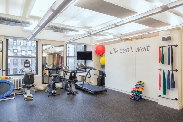 Gym at SPEAR Physical Therapy NYC at Penn Plaza on 7th Avenue